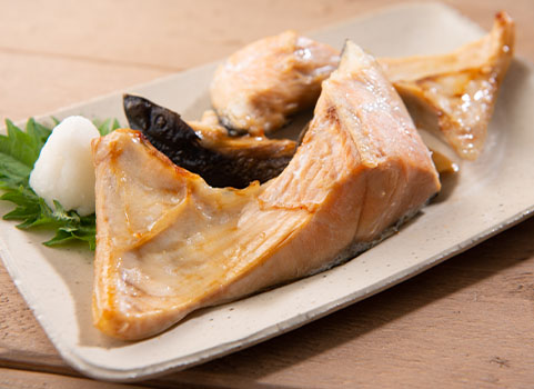 塩秋鮭切身「カマ・尾肉」熟成 500g×4袋(北海道産)