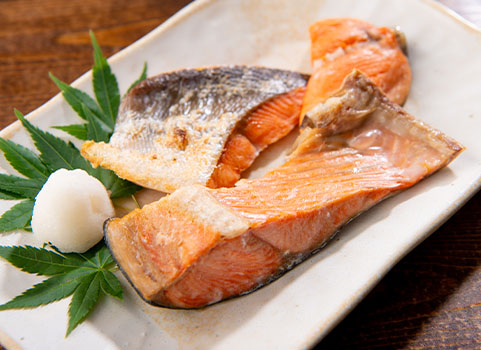 塩紅鮭切身「カマ・尾肉」熟成 500g×4袋
